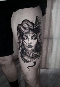 Ash Ryan tattoo extravaganza