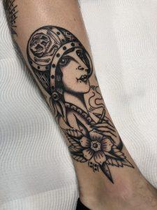 Kyle Easy tattoo extravaganza